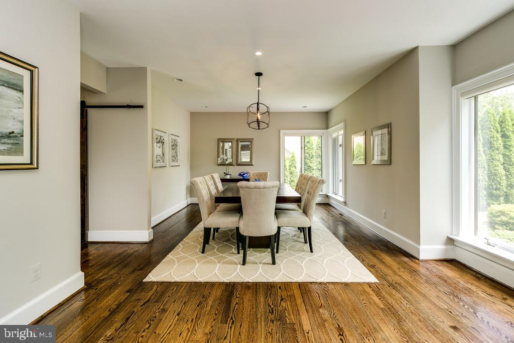High ceilings provide airy feeling (stock pic) - 7412 HAMILTON ST, ANNANDALE