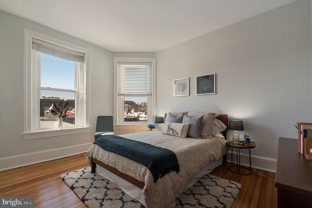 Bedroom - 520 E ST NE #302, WASHINGTON