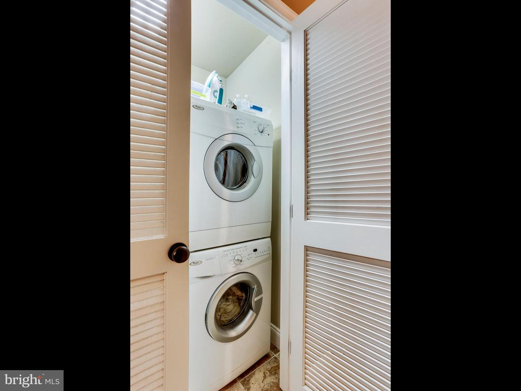 Separate Laundry for second unit! - 727 6TH ST NE, WASHINGTON