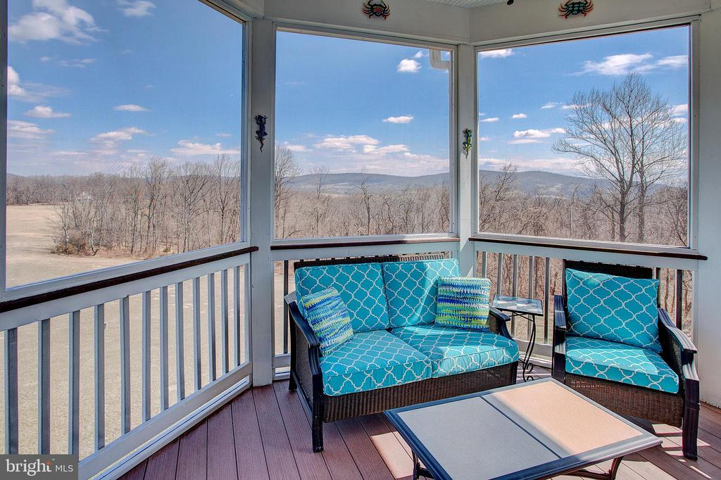 Screened porch just off the breakfast room - 14720 SUMMIT VIEW, PURCELLVILLE