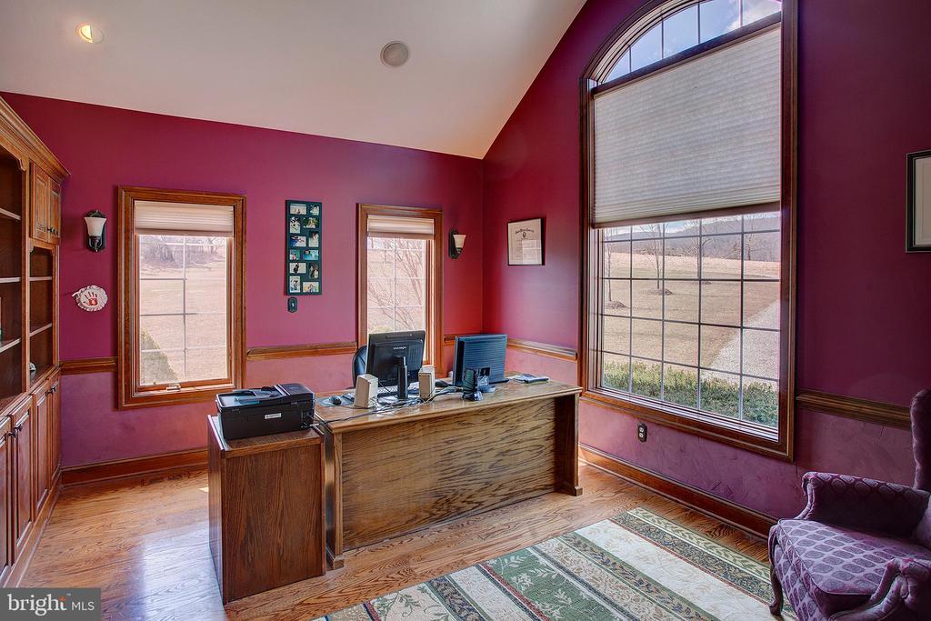 Main floor office/den - 14720 SUMMIT VIEW, PURCELLVILLE