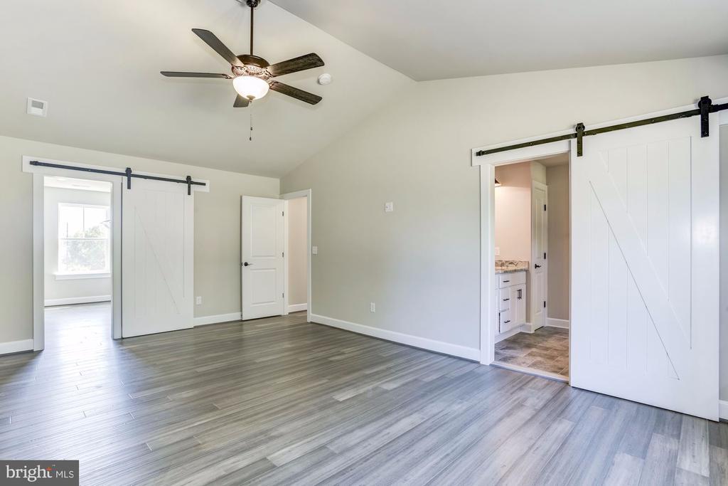 Master with Optional flooring & Barn Door. - 117 WOOD LANDING RD, FREDERICKSBURG