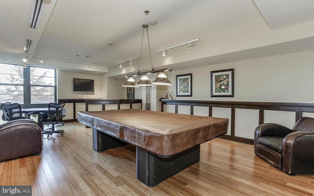 Great community amenities include: Billiards room - 1830 FOUNTAIN DR #1001, RESTON