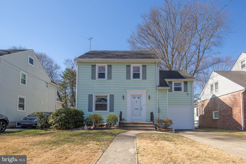 Частный односемейный дом для того Продажа на 402 WESTMONT Avenue Westmont, Нью-Джерси 08108 Соединенные Штаты