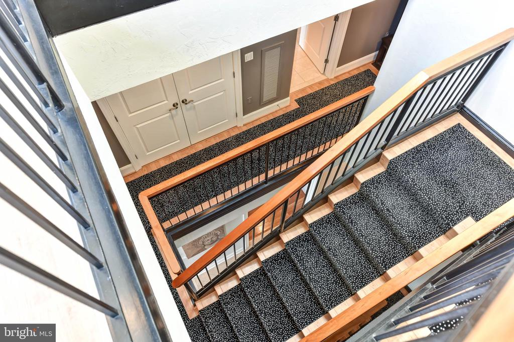 VIEW OF STAIRCASE - 4750 41ST ST NW #PH502, WASHINGTON