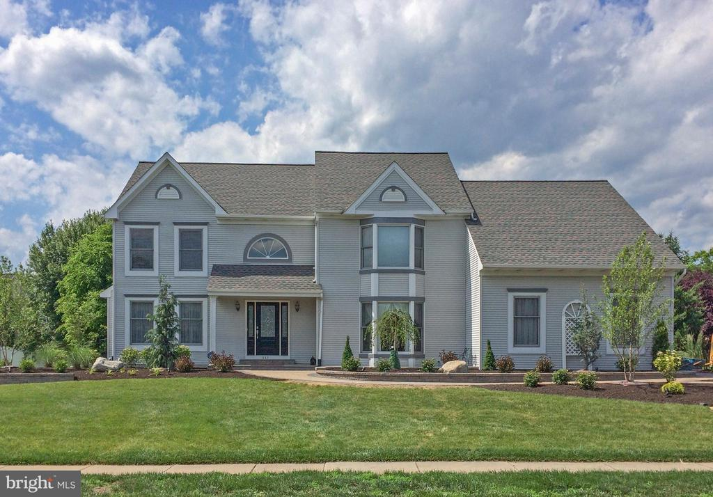 One of Yardley 4 Bedroom Homes for Sale at 557  VICKERS WAY