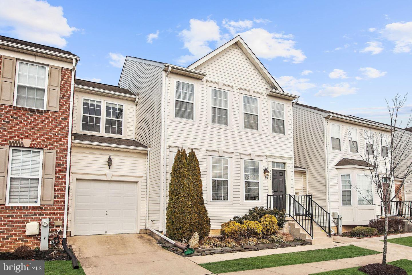 Photo of home for sale at 9709 Langley Road, Baltimore MD