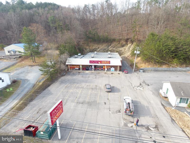 소매 용 매매 에 Romney, 웨스트버지니아 26757 미국