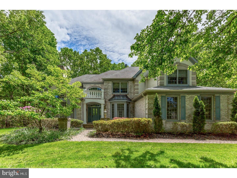 Частный односемейный дом для того Продажа на 200 E UNITED STATES Avenue Gibbsboro, Нью-Джерси 08026 Соединенные Штаты
