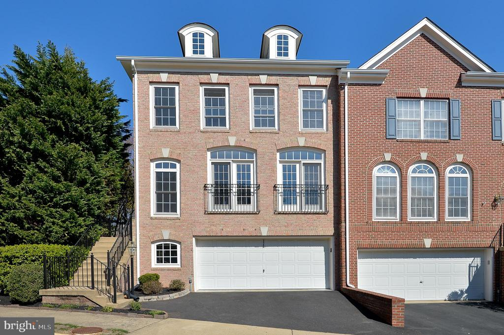 Franconia Homes for Sale -  Townhome,  3364  WILTON CREST COURT