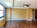 Living Room - 1021 ARLINGTON BLVD #706, ARLINGTON