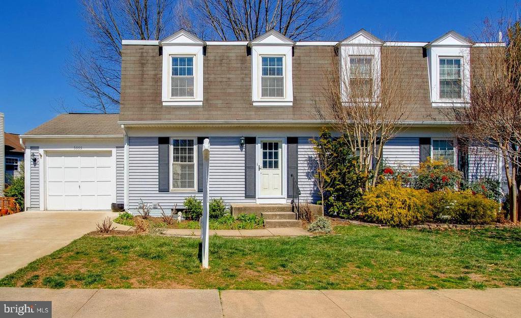Duplex with garage - 5995 POWELLS LANDING RD, BURKE