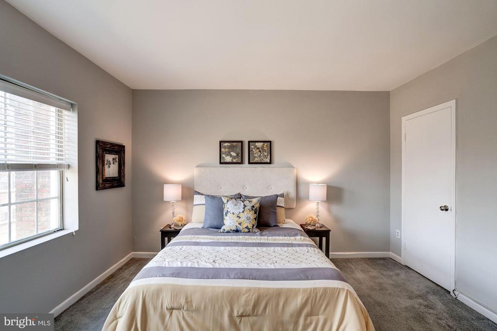 Very Generously Sized Master Bedroom! - 1735 N TROY ST #8-415, ARLINGTON