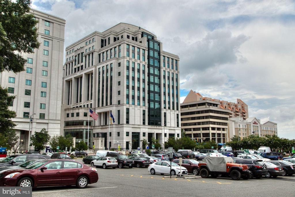 Arlington Court House! - 1735 N TROY ST #8-415, ARLINGTON