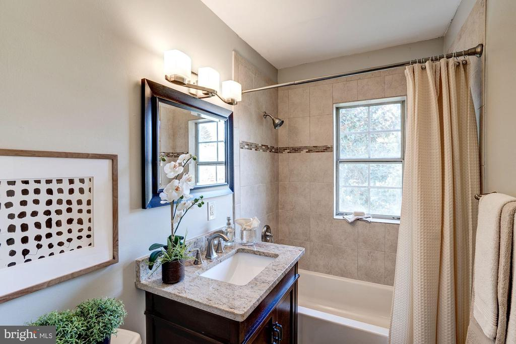 Master Bathroom - COMPLETELY Renovated in 2012! - 1735 N TROY ST #8-415, ARLINGTON