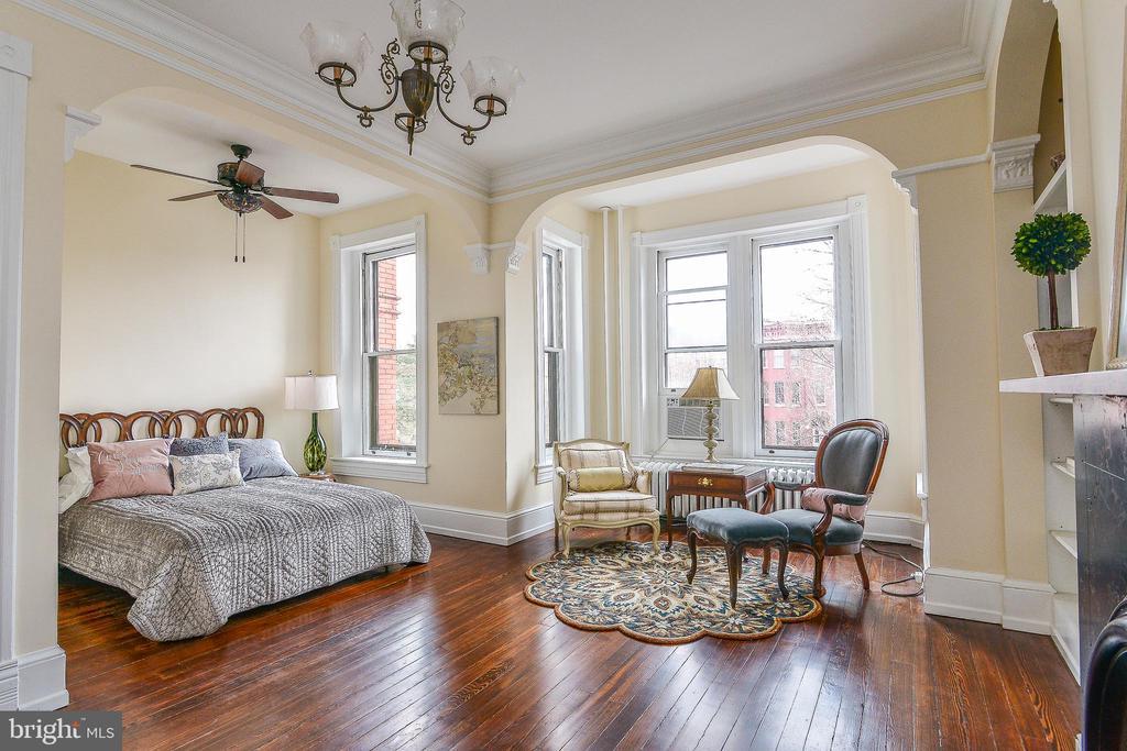 Master Bedroom - 638 E CAPITOL ST NE, WASHINGTON