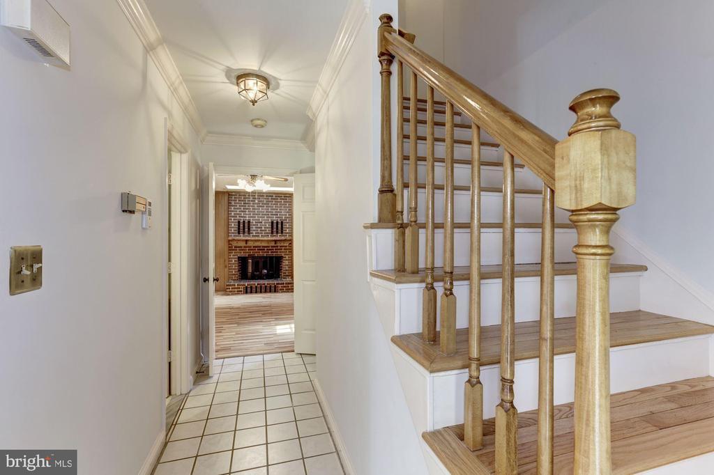 Foyer to Family Room - 10279 GREYSTONE RD, MANASSAS