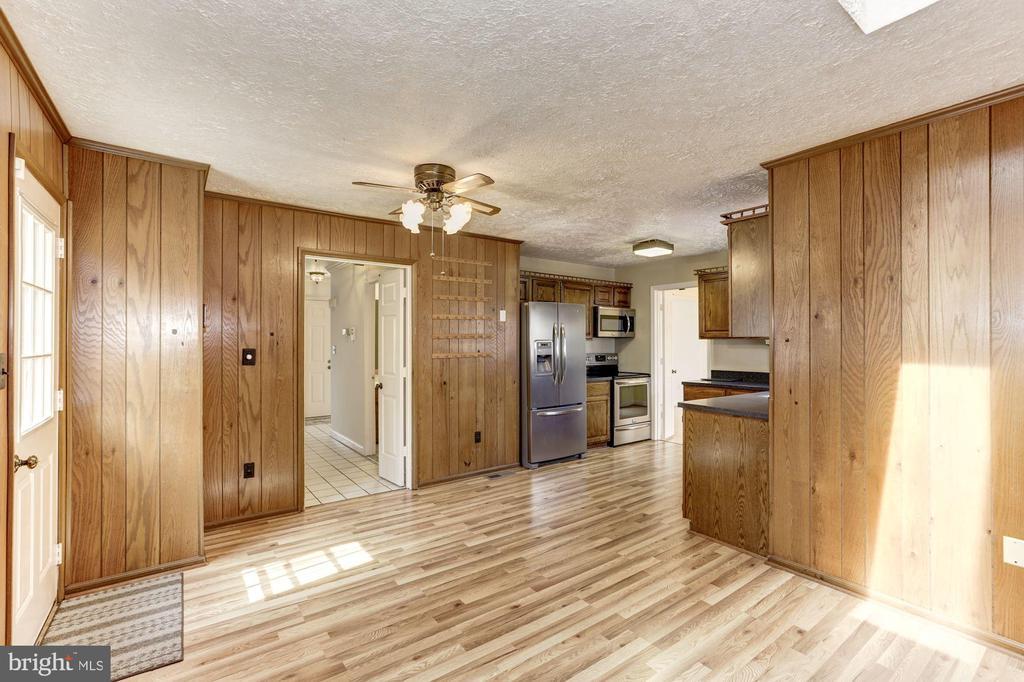 Fireplace to Kitchen - 10279 GREYSTONE RD, MANASSAS