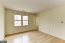 Master Bedroom to Bath - 10279 GREYSTONE RD, MANASSAS