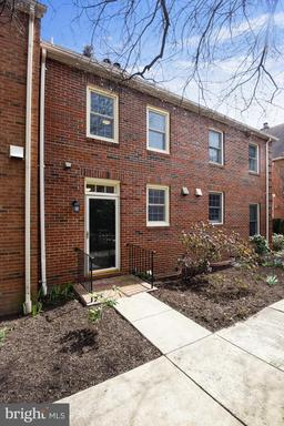 453 OLD TOWN CT