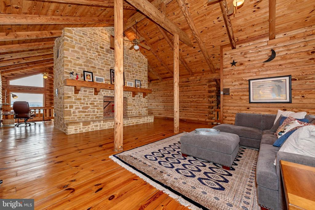 3rd gorgeous stone fireplace upstairs - 2315 MICHAEL RD, MYERSVILLE