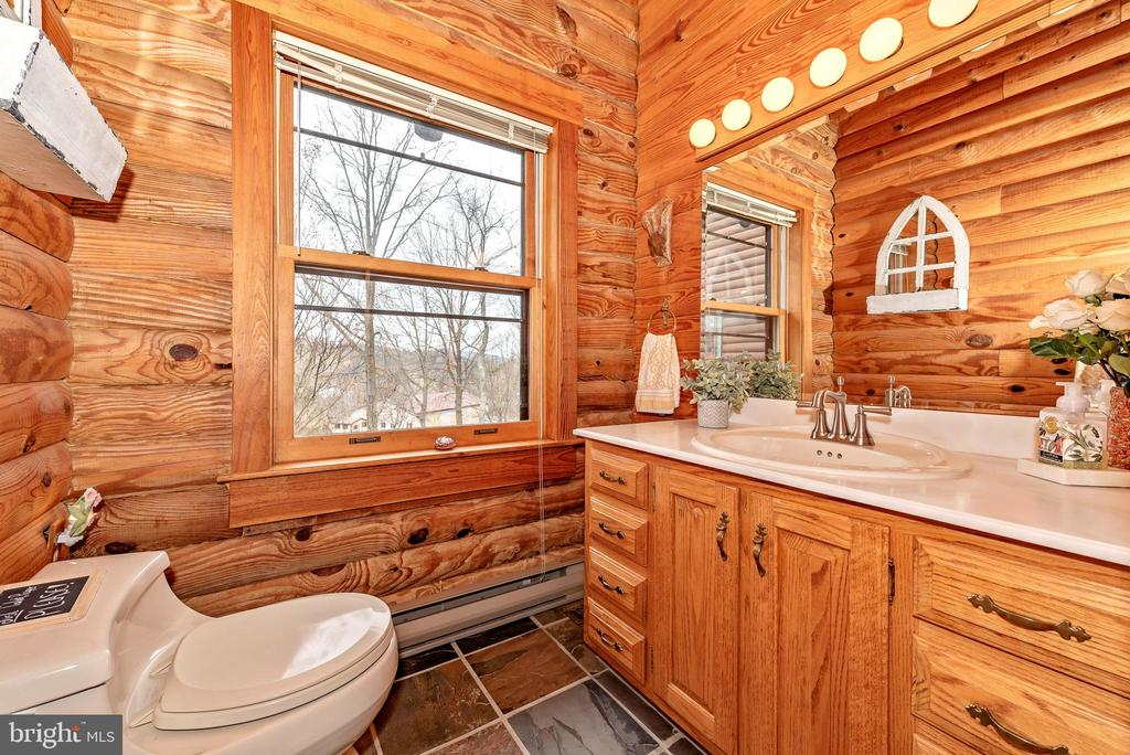 Guest bathroom - 2315 MICHAEL RD, MYERSVILLE