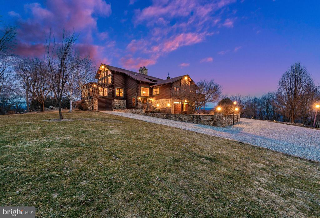 Built on a slight elevation with stunning views! - 2315 MICHAEL RD, MYERSVILLE