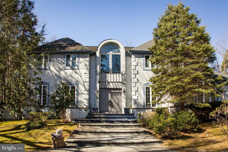 Villa per Vendita alle ore 18 N COUNTRY LAKES Drive Evesham, New Jersey 08053 Stati UnitiIn/In giro: Evesham Twp