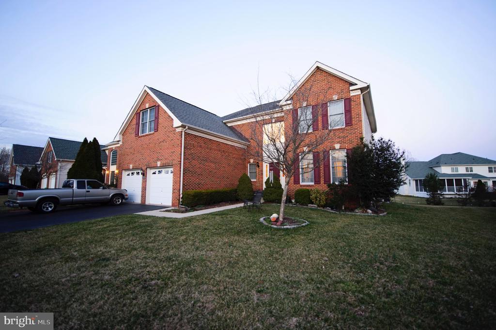 22778  OATLANDS GROVE PLACE, Ashburn, Virginia