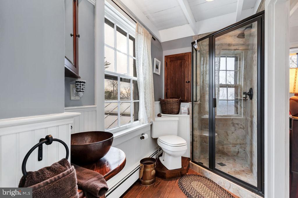 Updated bath features tiled shower, copper sink - 13410 GOODHART LN, LEESBURG