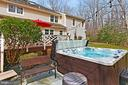 Relax in the private hot tub! - 10625 TIMBERIDGE RD, FAIRFAX STATION