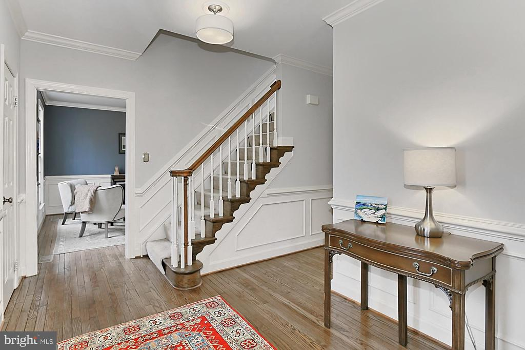 Spacious, welcoming foyer. - 10625 TIMBERIDGE RD, FAIRFAX STATION
