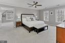 Large, bright master bedroom suite! - 10625 TIMBERIDGE RD, FAIRFAX STATION