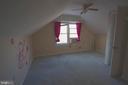 Bedroom 3 with walk in closet - 266 MOSEBY DR, MANASSAS PARK
