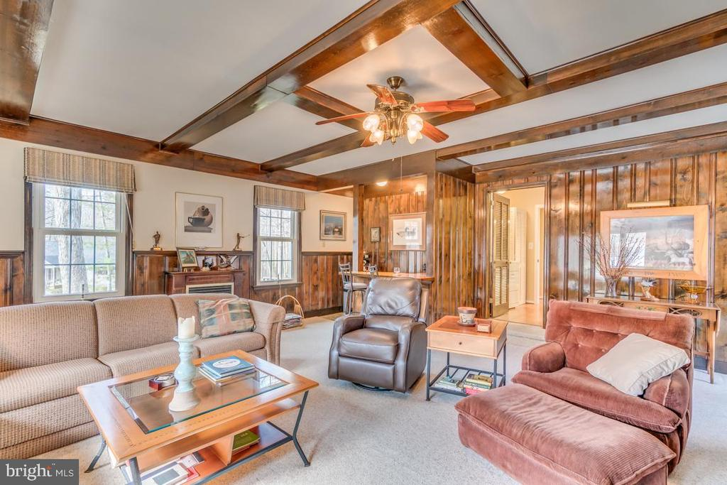 Over large family room with fireplace - 200 HAPPY CREEK RD, LOCUST GROVE