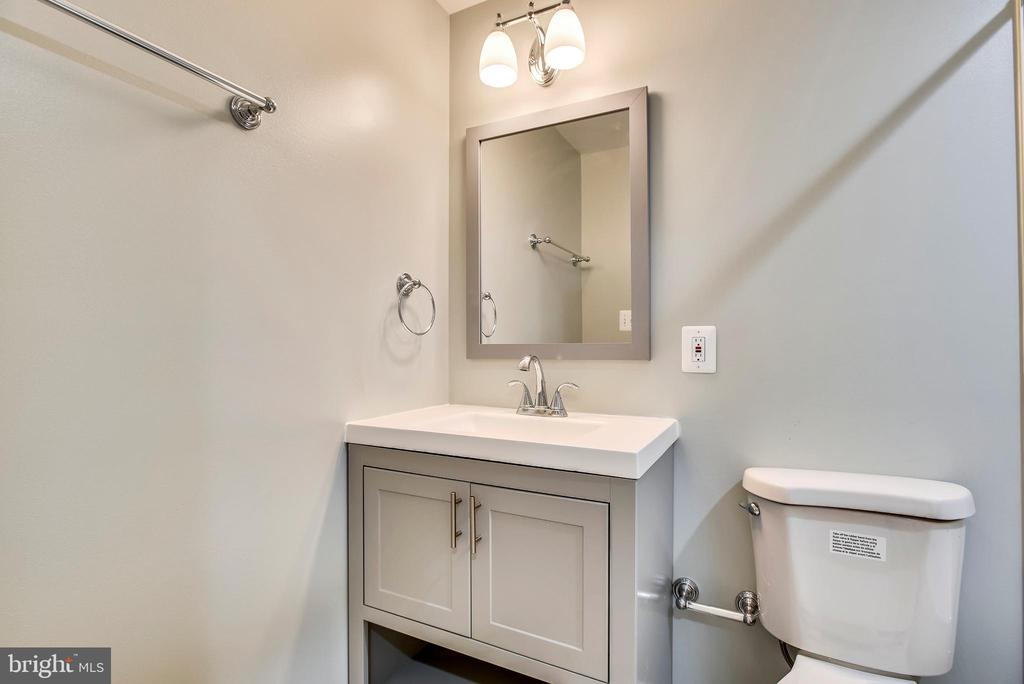 Lower level bath - 8324 OLD DOMINION DR, MCLEAN