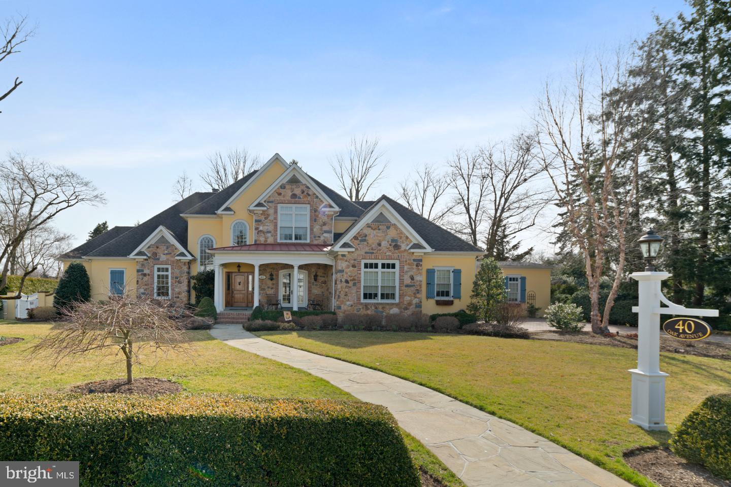 Single Family Home for Sale at Barrington, New Jersey 08007 United States