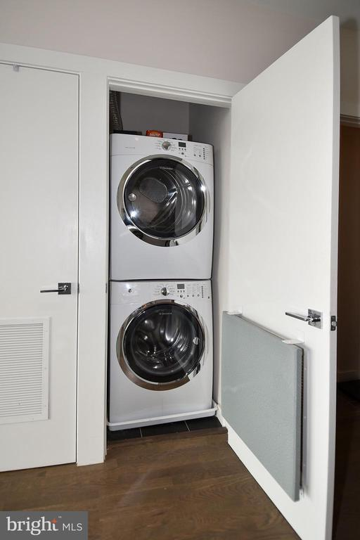 Energy Efficient Washer and Dryer - 1405 W ST NW #402, WASHINGTON