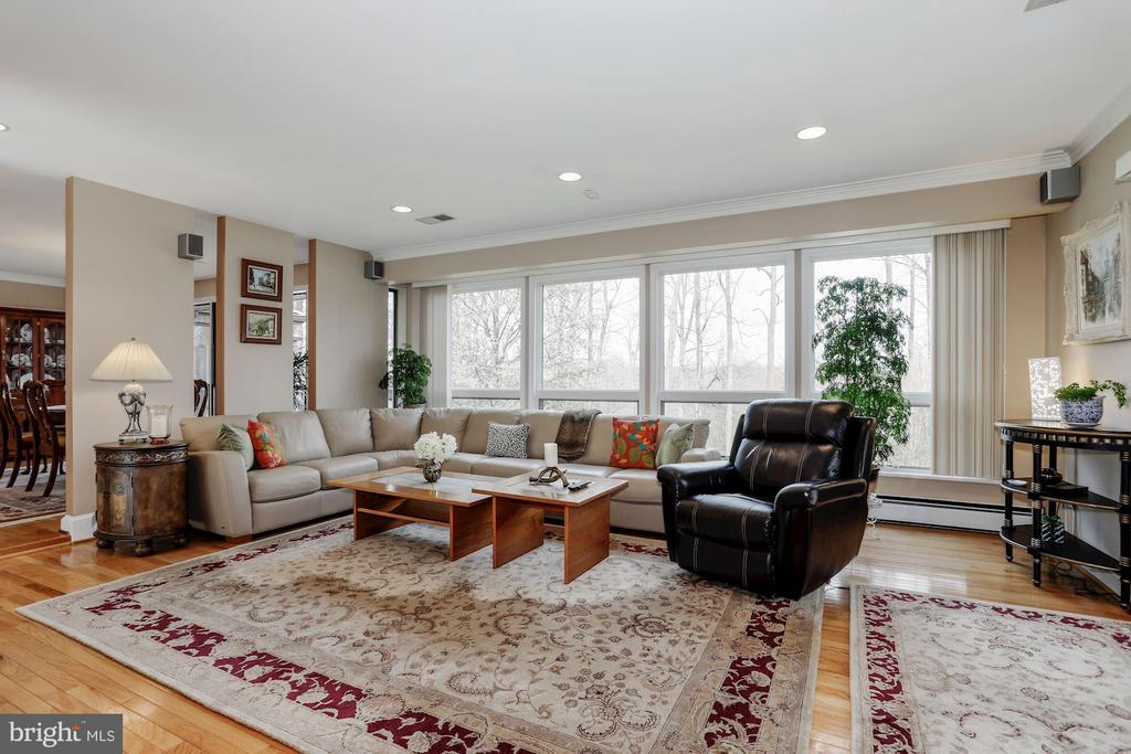 Family Room - 8900 GLENBROOK RD, FAIRFAX