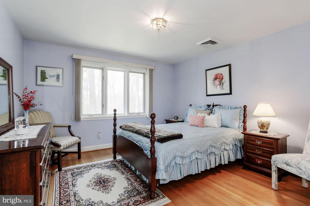Bedroom 3 - 8900 GLENBROOK RD, FAIRFAX