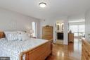 Master Bedroom into sitting area - 3324 MANTUA DR, FAIRFAX