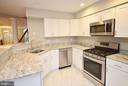 Beautiful New Stainless Steel Appliances - 20946 SANDSTONE SQ, STERLING