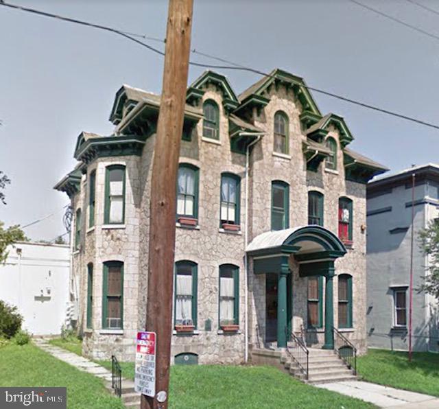 Eensgezinswoning voor Verkoop op 907 DEKALB Street Norristown, Pennsylvania 19401 Verenigde Staten