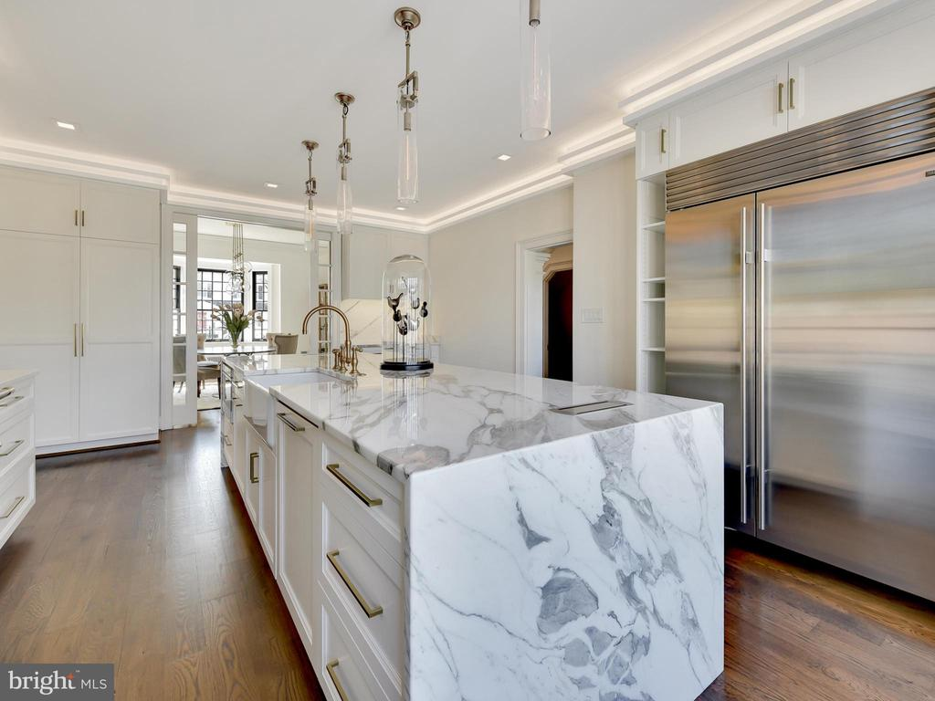 Sub Zero side by side and marble counters! - 211 ROCKWELL TER, FREDERICK
