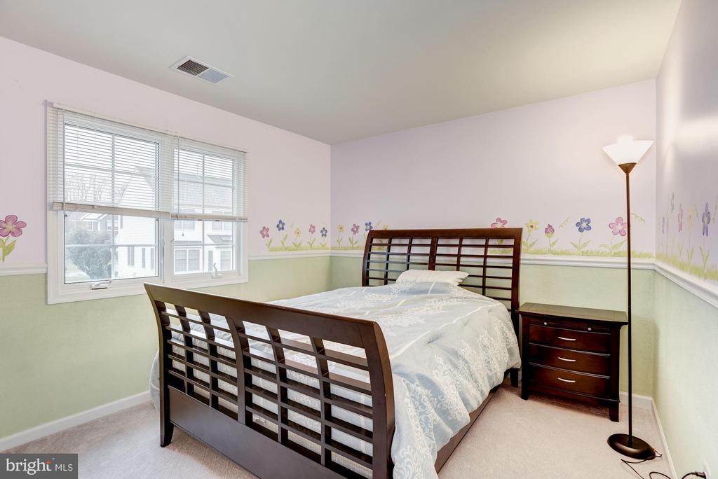 Bedroom 1 - 43895 CAMELLIA ST, ASHBURN