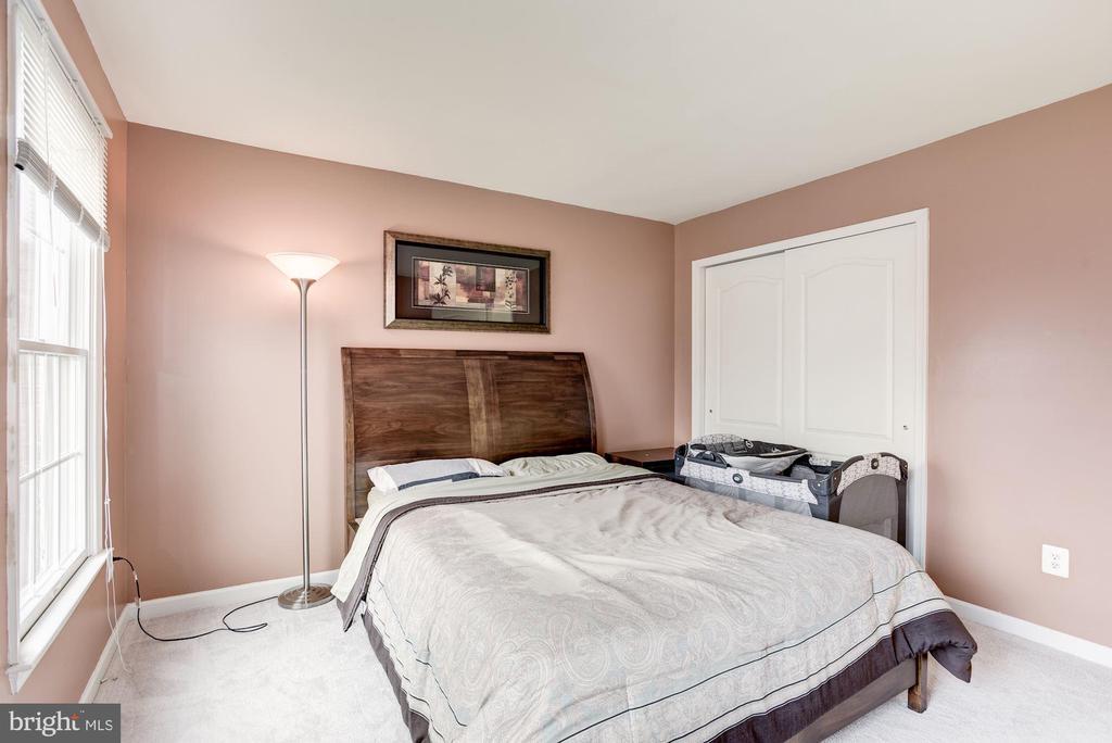 Bedroom 3 - 43895 CAMELLIA ST, ASHBURN