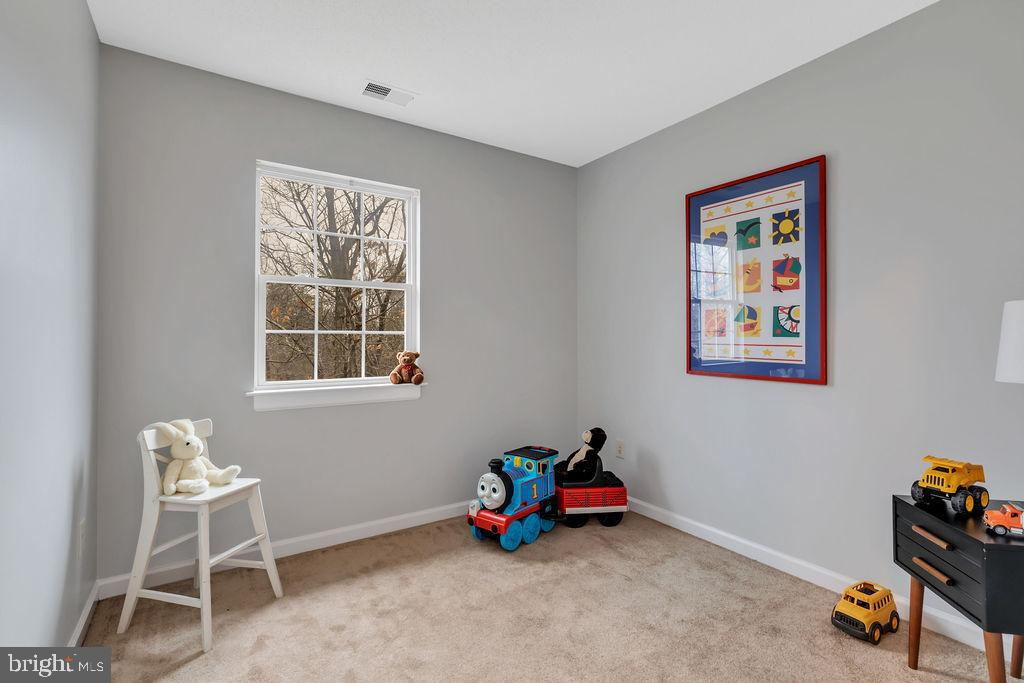 2nd bedroom - 129 HILL VALLEY DR, WINCHESTER
