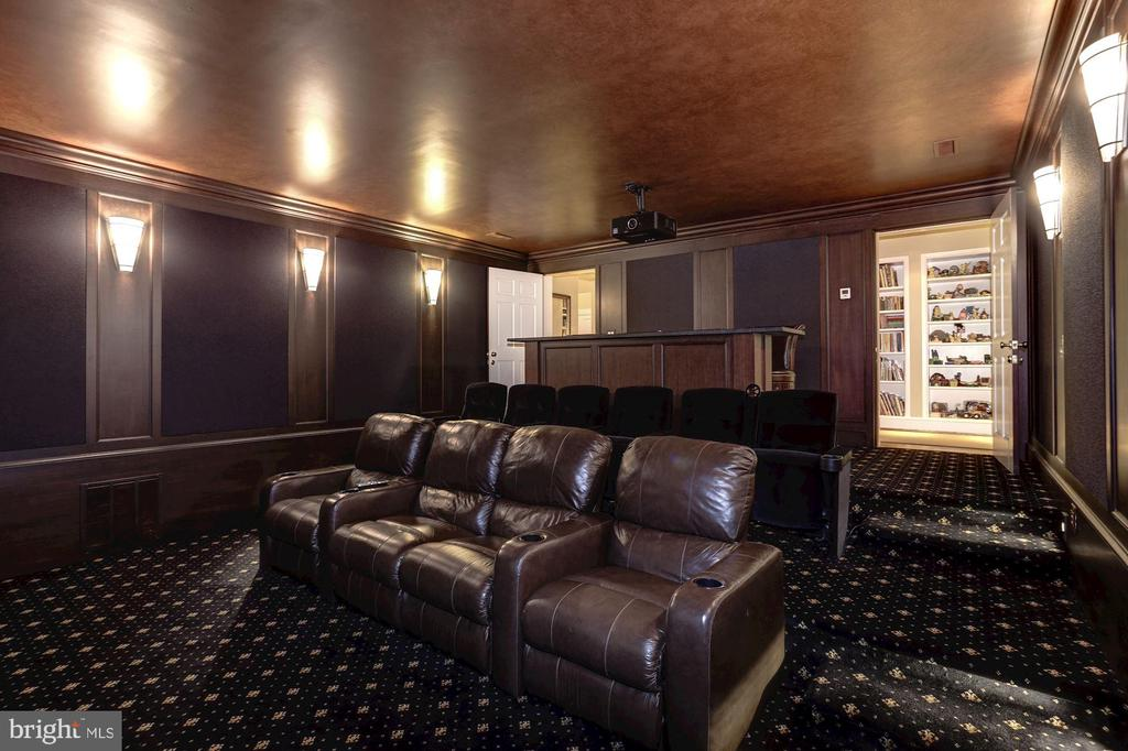 Home Theatre - 4934 INDIAN LN NW, WASHINGTON