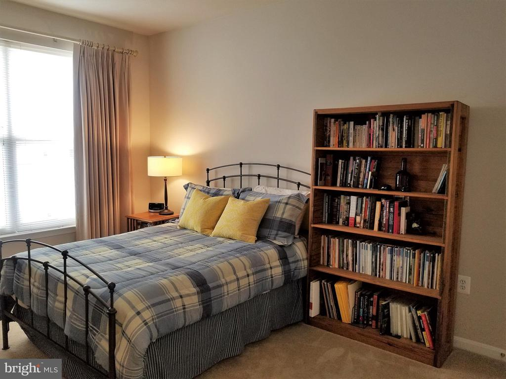 2nd bedroom - 9480 VIRGINIA CENTER BLVD #318, VIENNA