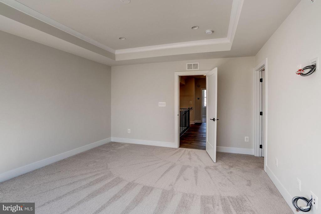 Soho Master Bedroom - 42518 MILDRED LANDING SQ, ASHBURN